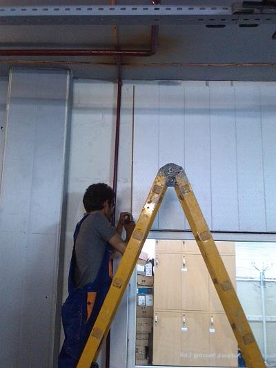 کف کاذب،سقف کاذب،دیوارپوش،سازه زیر رک،ساخت و نصب لدر روی رک ها،نصب سینی PVC زیر کف کاذب،Structured Cabling،تستFluck،فیوژن فیبر نوری